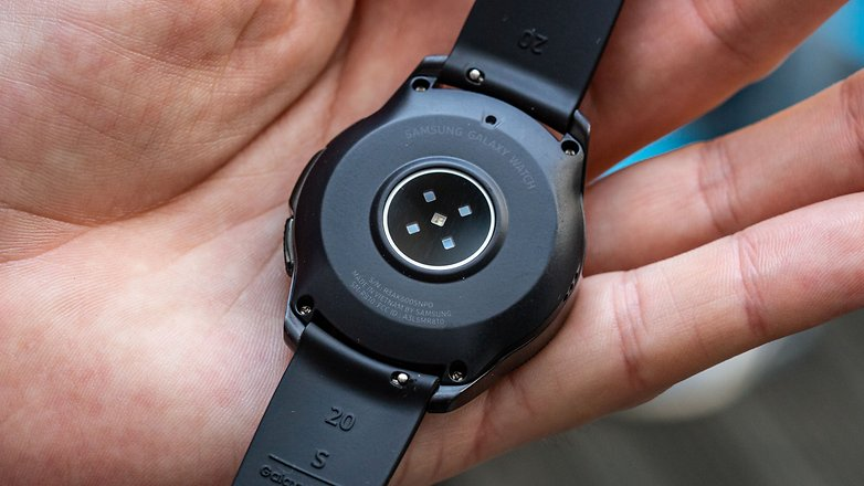 AndroidPIT samsung galaxy watch 42 back