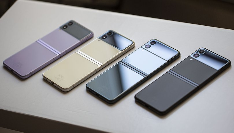 Samsung Galaxy Unpacked in 5 Minuten: Foldables werden endlich robuster!