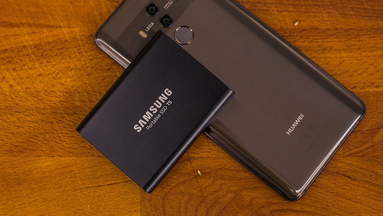 samsung portable ssd t5 with phone