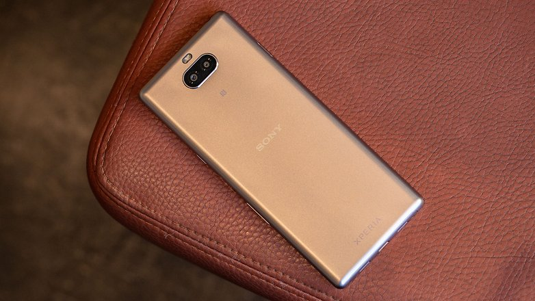 AndroidPIT sony xperia 10 back gt5