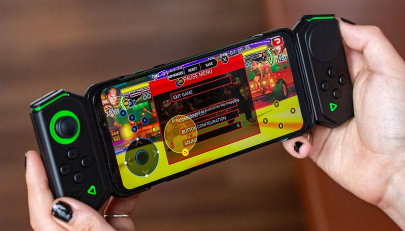 The best multiplayer games to play on a single smartphone
