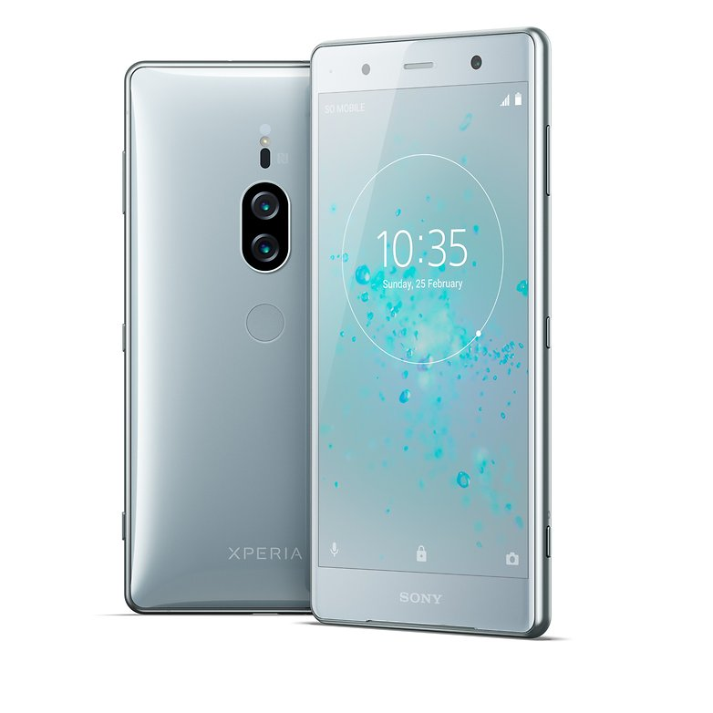 Xperia XZ2 Premium group chromesilver 180223 HighRes