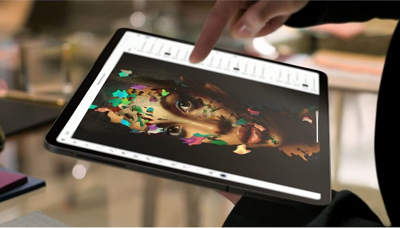 Worryingly bendy iPad Pro is 'normal', according to Apple