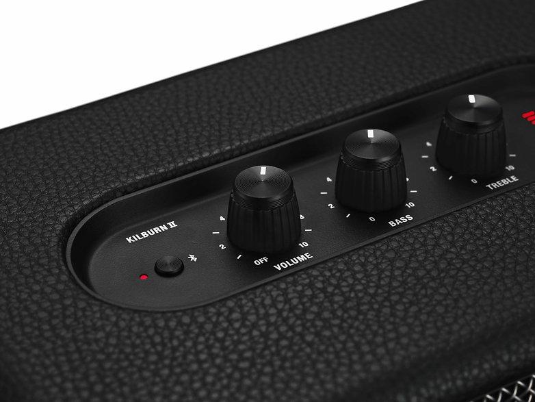 marshall headphones kilburn II black 0856 white bg highres