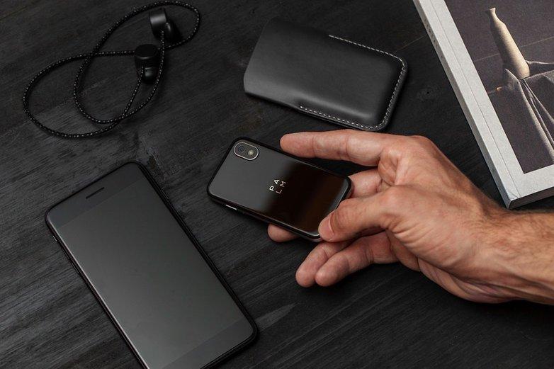 palm phone 2018 phone 3
