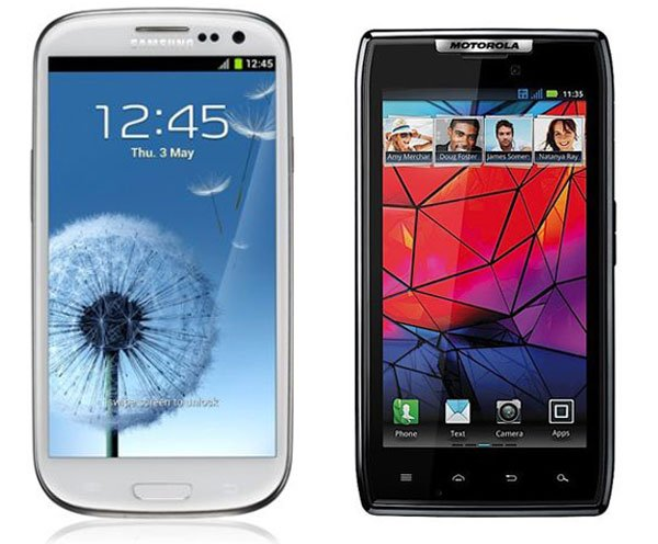 Samsung Galaxy S III  S3 vs Motorola RAZR HD
