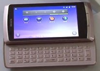 """[Vídeo] Regza IS11T de Toshiba, un Androidphone de 4"""" con una CPU de 1.4 GHz y teclado"""