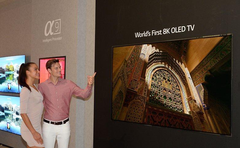 LGE 8K OLED TV 01