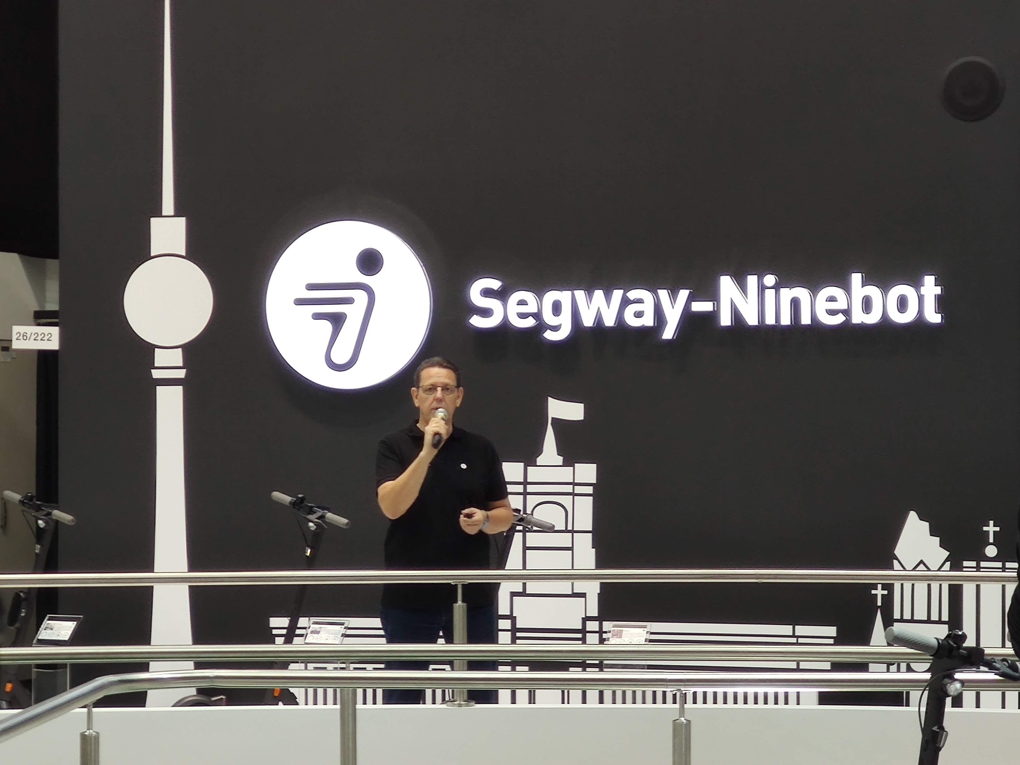 Wir haben eine Runde mit dem Segway-Ninebot MAX G30D gedreht