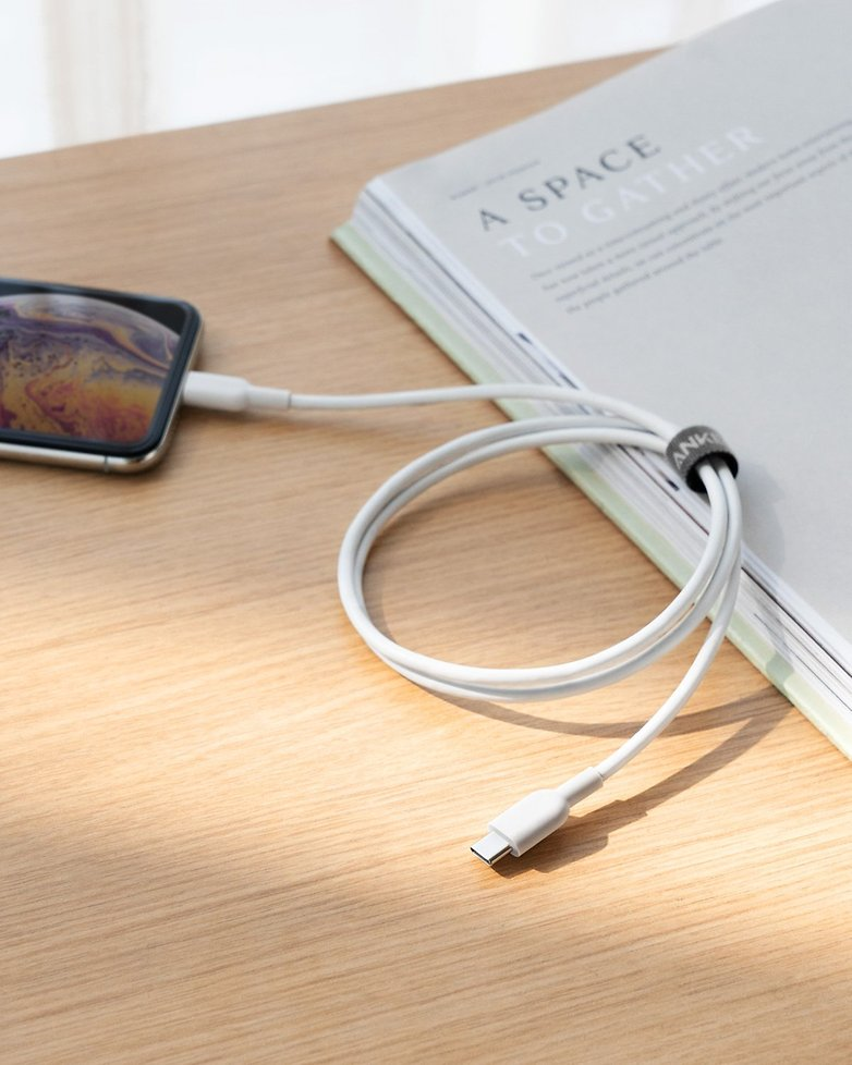 USB C to Lightning 4