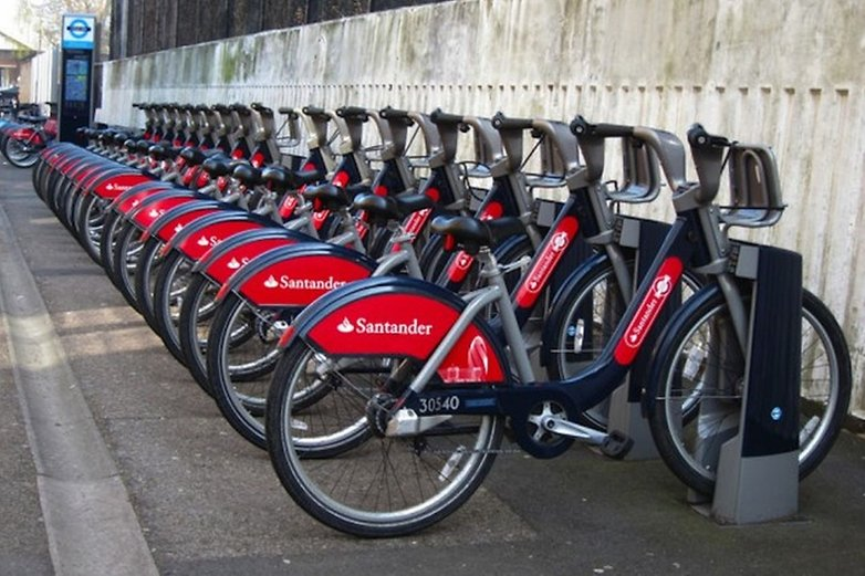 docked bikes london