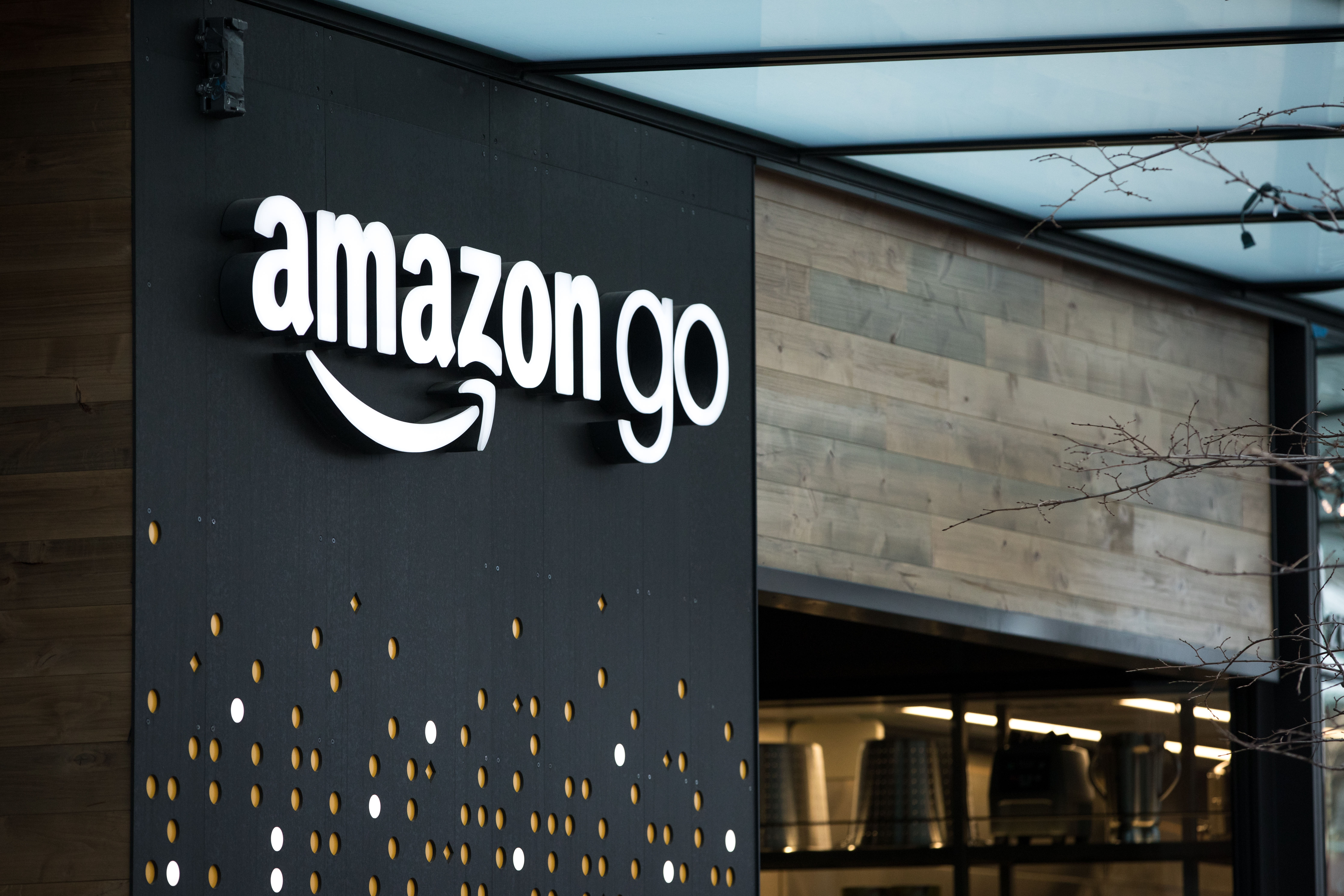 Amazon Go The Retail Revolution That Will Blow Up In 2019