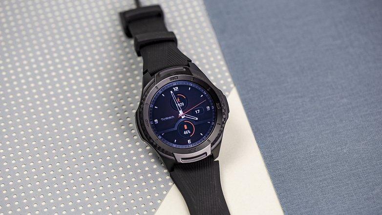 Mobvoi Ticwatch S2 03
