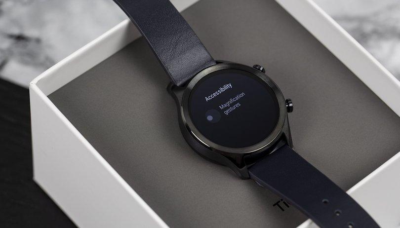 Fatigué des smartwatchs sur le marché, il construit la sienne