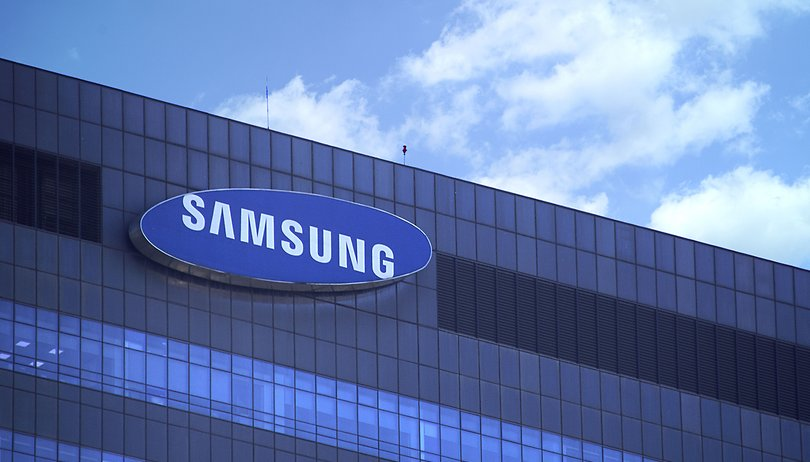 Nine charged for leaking Samsung's flexible display tech to China