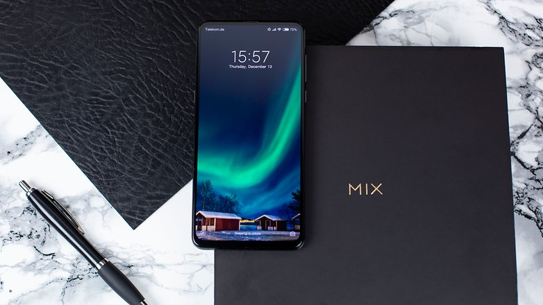 Xiaomi Mi MIX 3 02