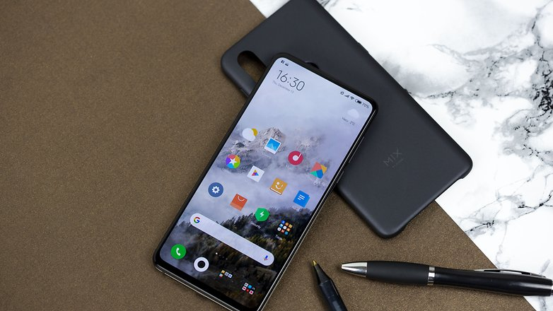 Xiaomi Mi MIX 3 07