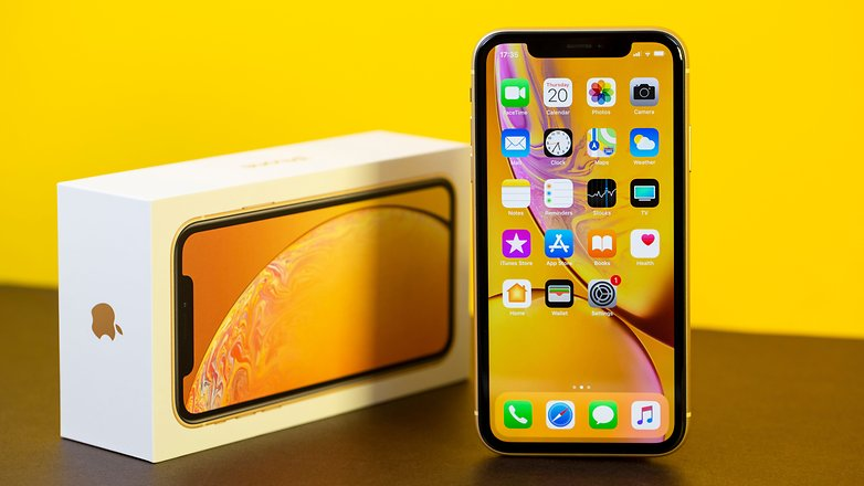 apple iphone xr 02
