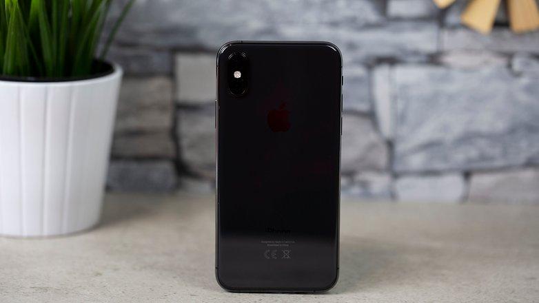 iPhone xs 02