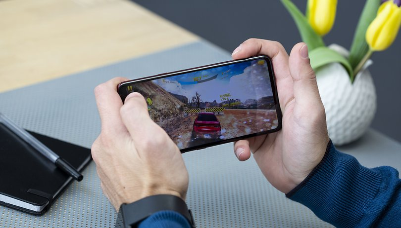 LG V40 ThinQ performance test: don't expect any turbulence