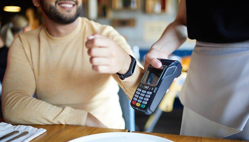 Sí, en un futuro todos pagaremos a través de nuestros wearables