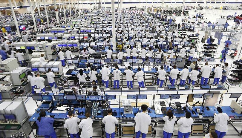 Apple vuelve loca a la industria: Foxconn reduce los costes