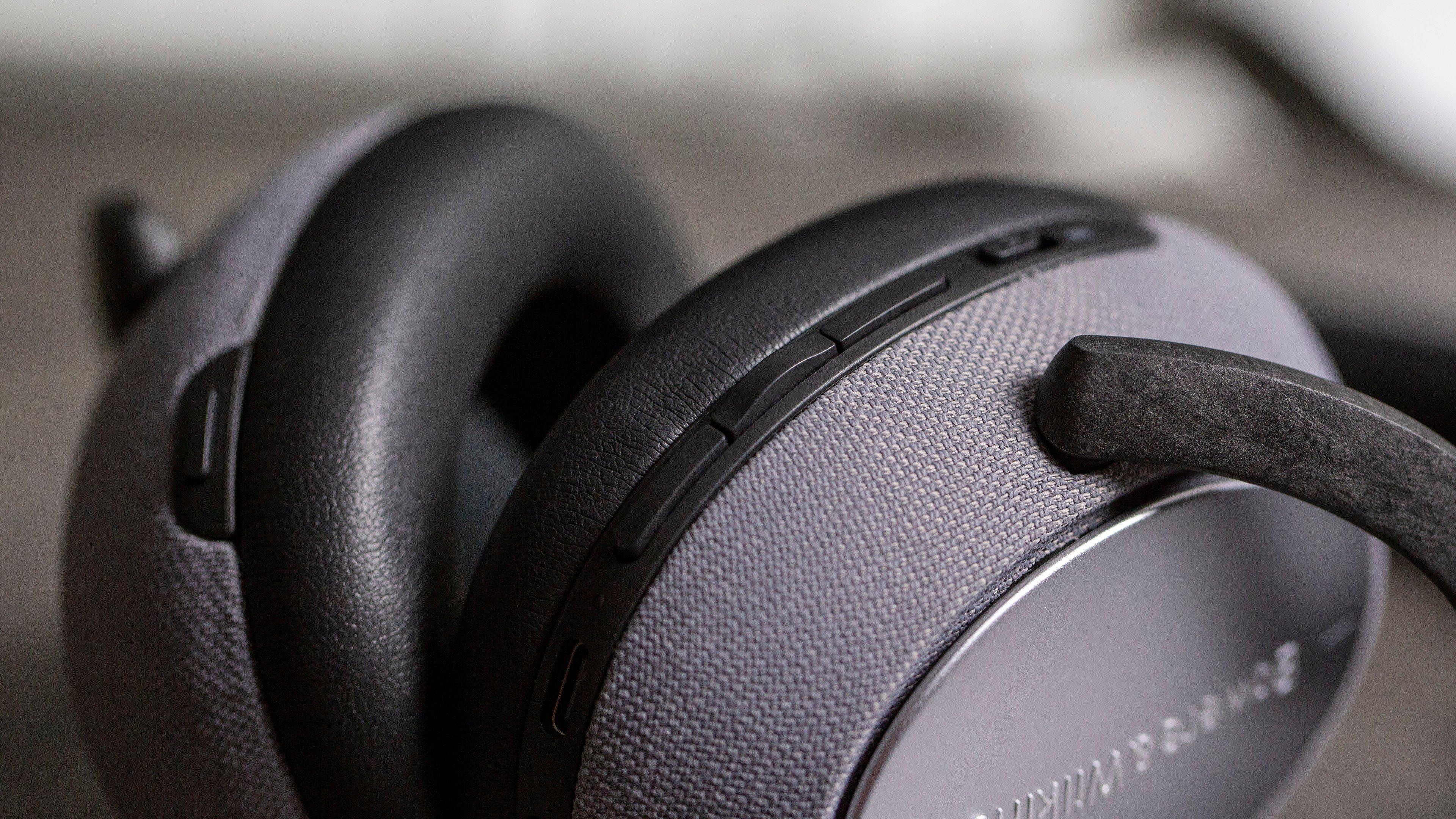 PX5 Casque sans Fil avec Suppression Active du Bruit Gris