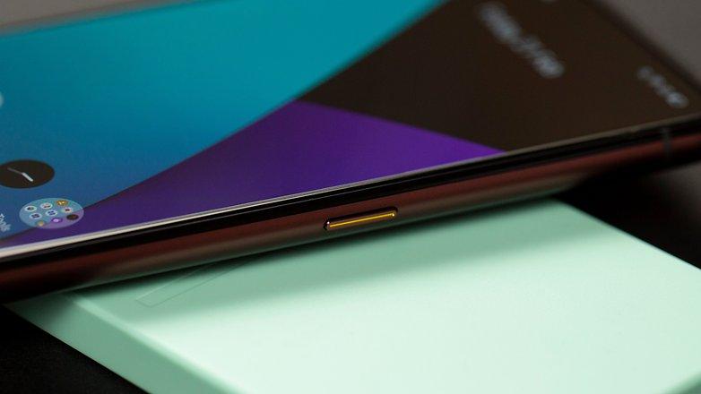 AndroidPIT Realme X50 Pro Unlock Button