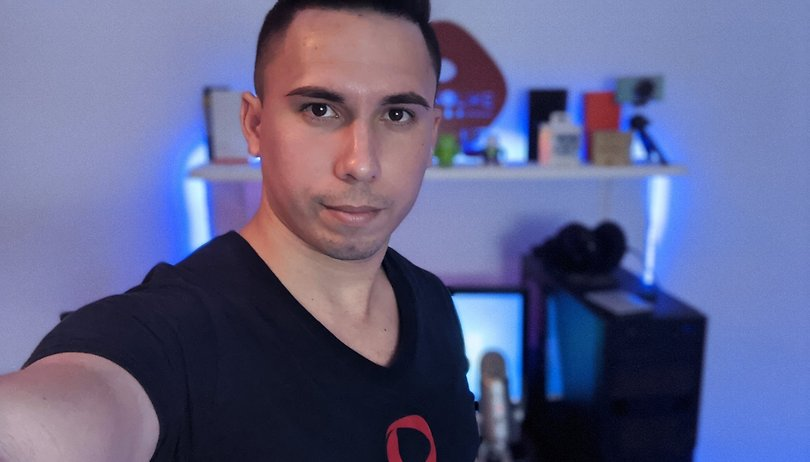 Viva la Digital Revolution! Portrait of a Cuban tech YouTuber