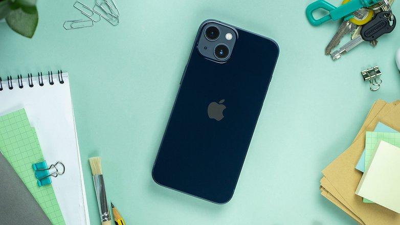आगामीपिट Apple iPhone 13 पीछे