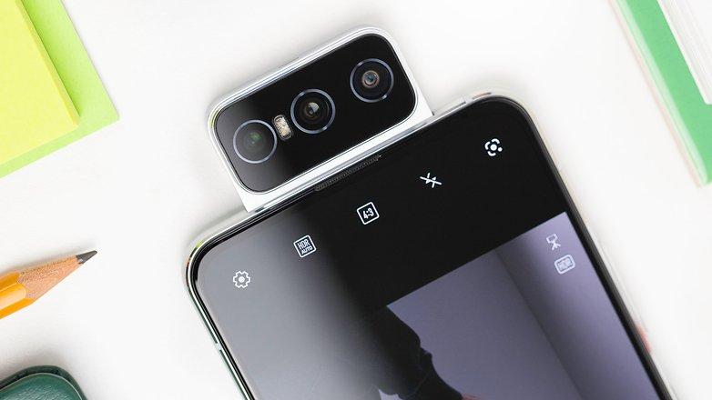 NextPit Asus Zenfrone 7 Pro front camera