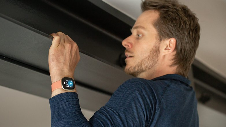 NextPit Fitbit Versa 3 test