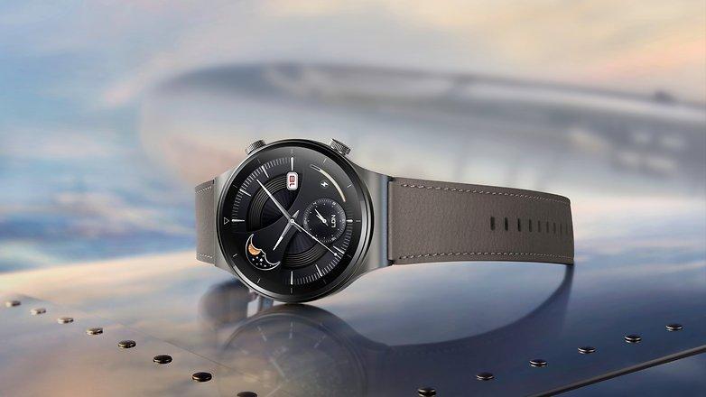 NextPit Huawei WATCH GT 2 Pro Vidar Cuerpo de titanio