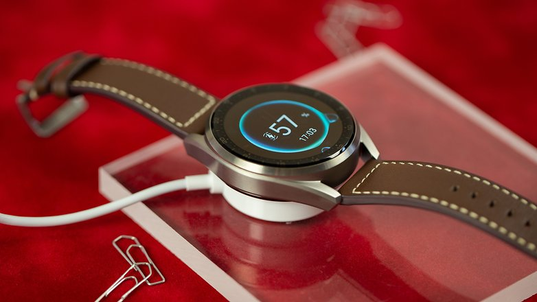 NextPit Huawei Watch 3 Pro charger