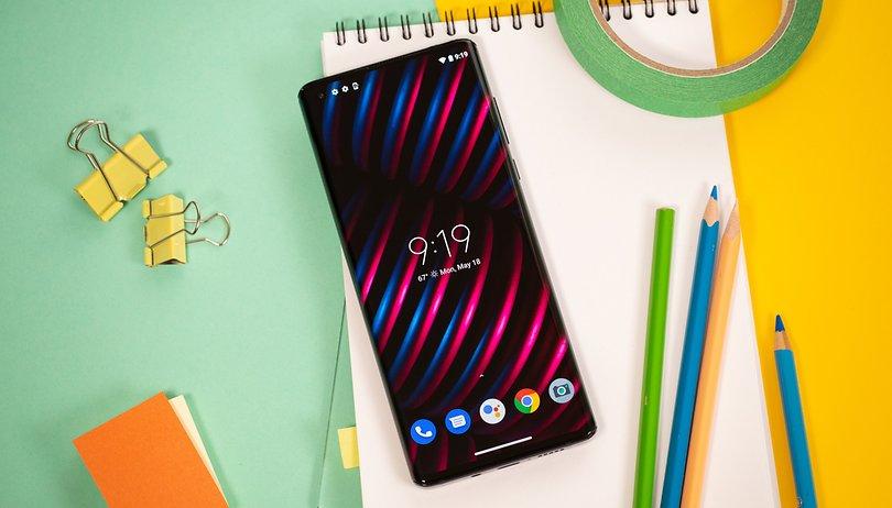 Motorola Edge review: back under the spotlight