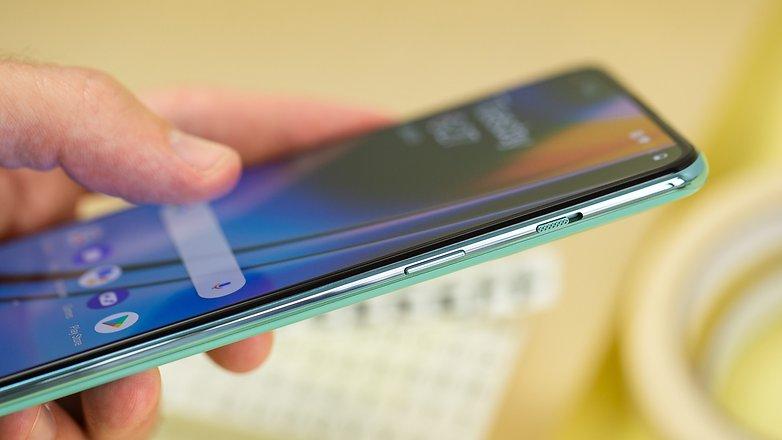 NextPit OnePlus Nord 2 side