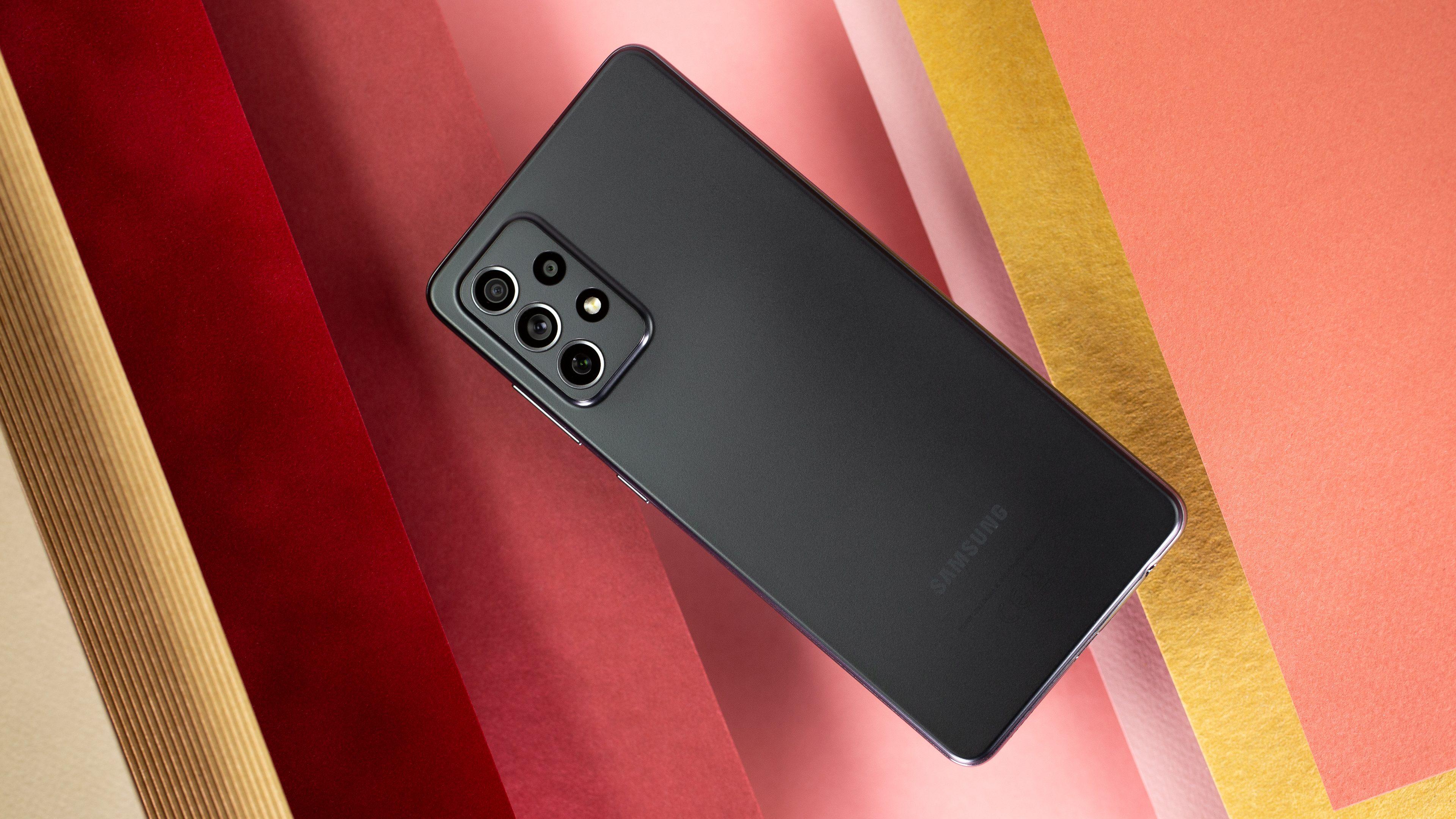 Review do Samsung Galaxy A72: o intermediário para chamar de seu?