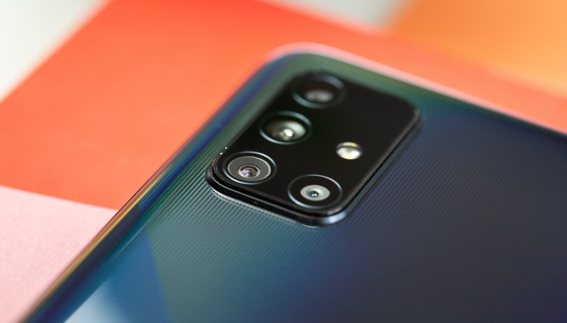 Samsung Galaxy A71 vs A51: quem leva a melhor?