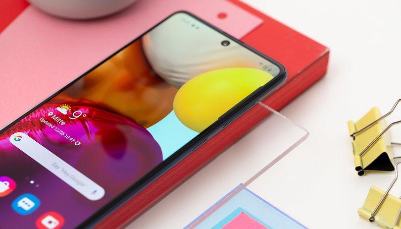 Qual é o melhor celular para comprar até R$ 800?
