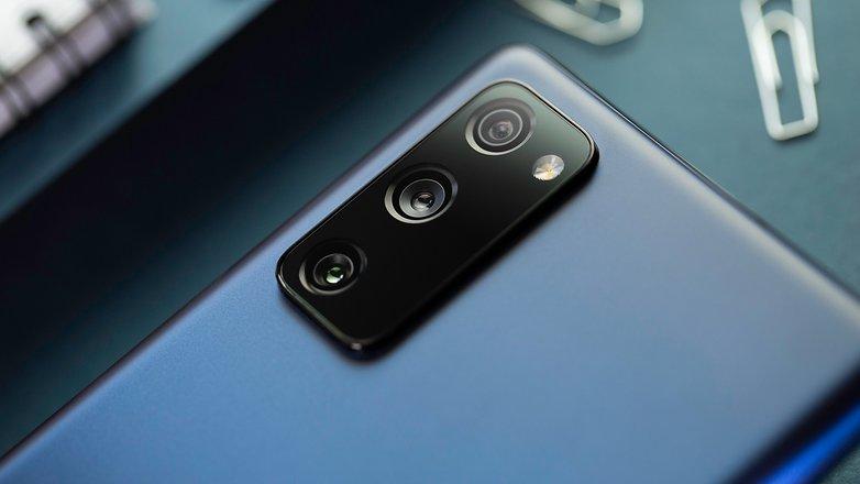 NextPit Samsung S20 FE 5G camera
