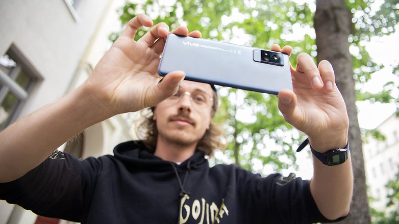 NextPit Vivo X60 Pro 5G ben photo