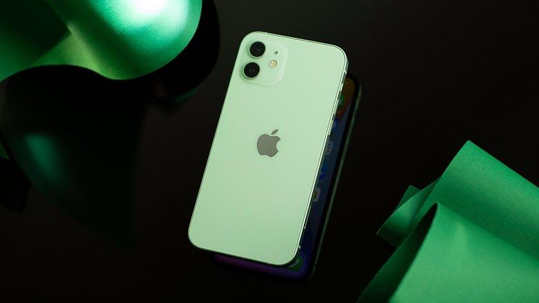 NextPit iPhone 12 back