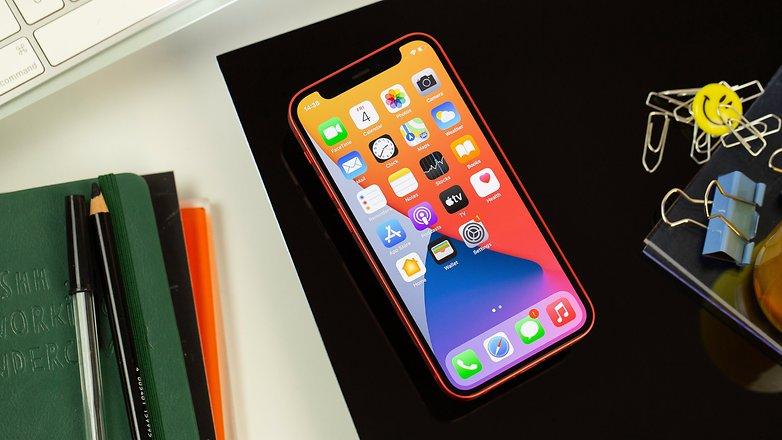 NextPit iPhone 12 Mini screen