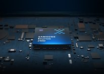 What's the difference between Exynos and Snapdragon processors on Samsung's flagship phones?