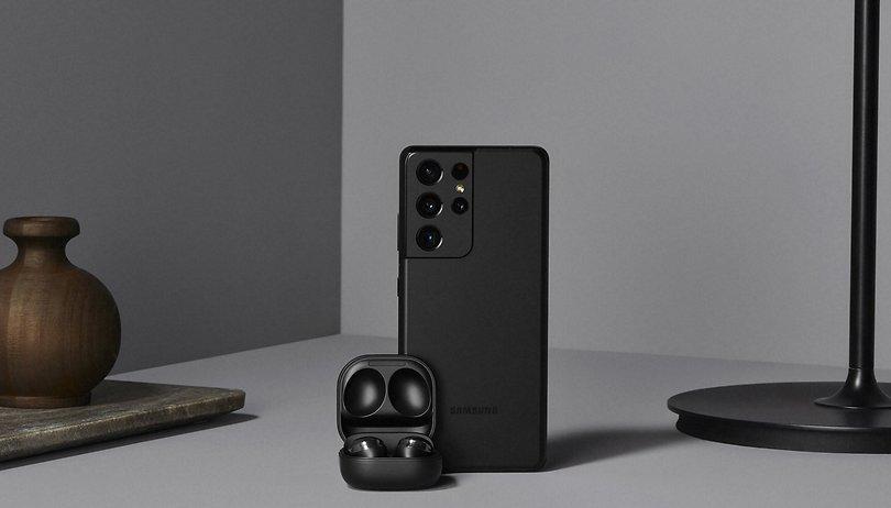 Samsung lança Galaxy S21, S21+ e Ultra sem fone e carregador na caixa