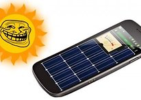 Solar Charger (Cargador Solar) - Los desarrolladores tienen humor