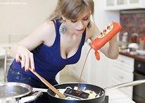 Galaxy Nexus in Sexy Kitchen Stress Test [WTF]