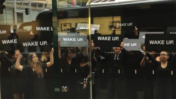 Samsung Wake Up