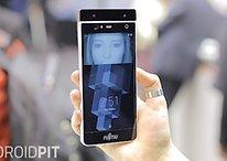 Fujitsu presenta un smartphone con sistema de lectura de iris