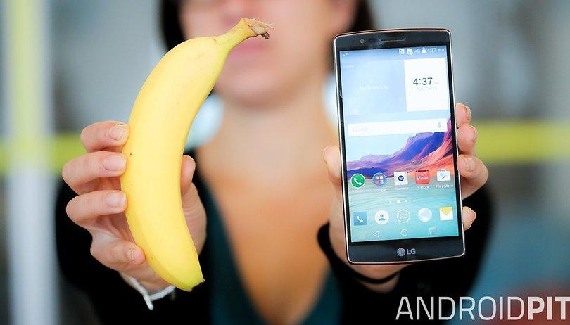 LG G Flex 2 vs un plátano: la comparación curva definitiva